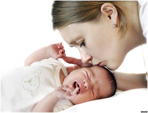 Nhanh chóng làm dịu cơn quấy khóc của trẻ sơ sinh trong 10 bước 1