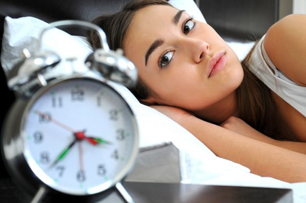 Mẹ bầu cần hạn chế thức khuya