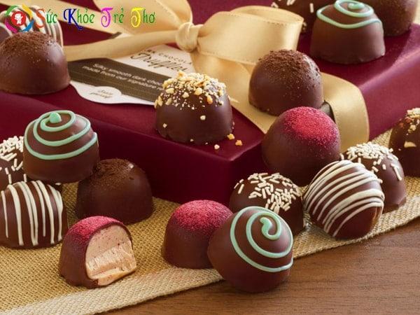 Trẻ bị ho nên kiêng chocolate