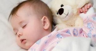 Vì sao trẻ con hay bị thở khò khè?
