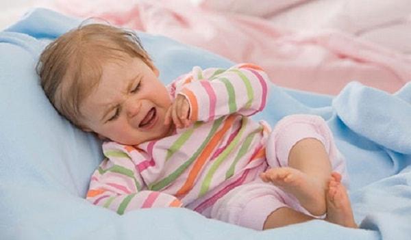 Nguyên nhân, dấu hiệu và cách điều trị rối loạn giấc ngủ ở trẻ nhỏ 1