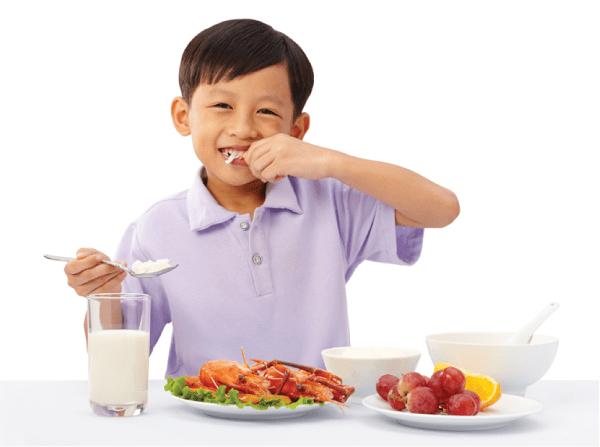 Sử dụng các loại thực phẩm có khả năng tăng cường hệ miễn dịch