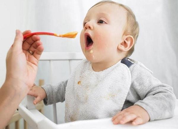 Trẻ ăn dặm cần đúng phương pháp