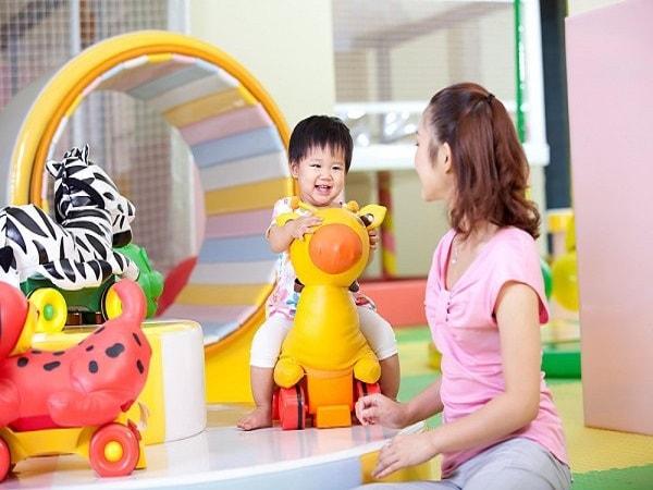 Tạo cho trẻ môi trường sống vui vẻ