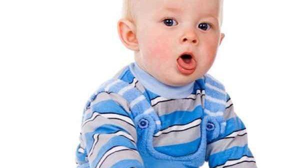 nguyên nhân gây ho ở trẻ sơ sinh