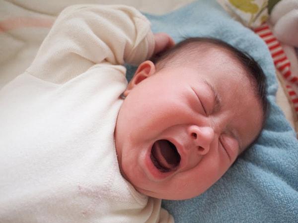 trẻ sơ sinh bị ho vào buổi sáng 1
