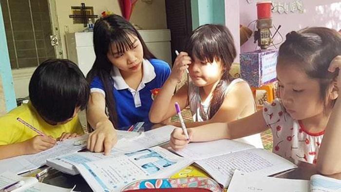 Kỹ năng truyền đạt của sinh viên thường không tốt bằng giáo viên