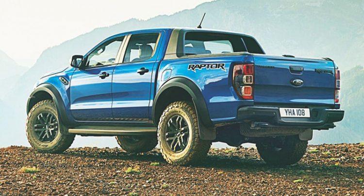 Với kiểu bán tải nên Ranger Raptor là lựa chọn lý tưởng cho chuyến đường xa