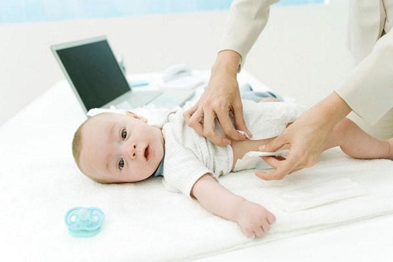 Mua đồ cho trẻ sơ sinh cần mua những gì?