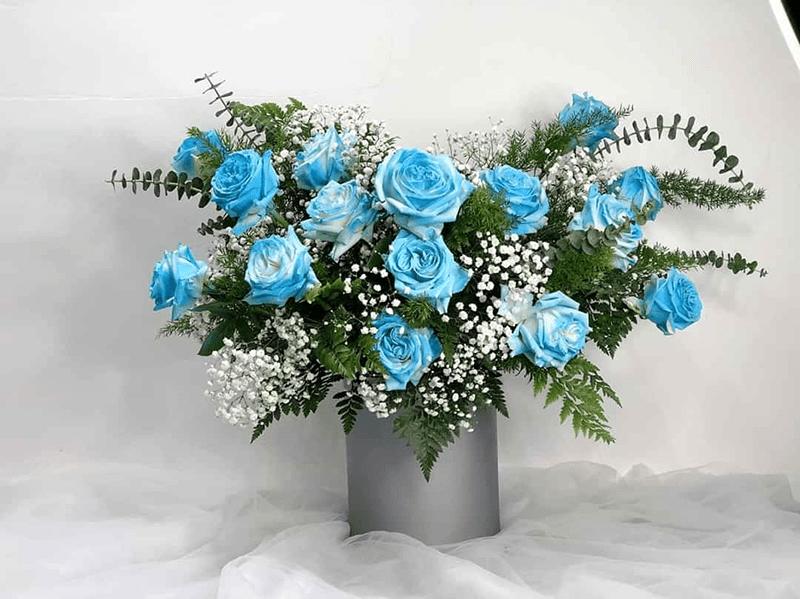 Hoa hồng xanh hợp tuổi Quý Sửu (1973) – mệnh Mộc
